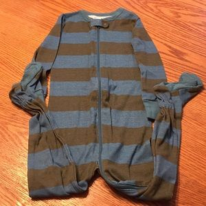 Old Navy striped light weight cotton pjs